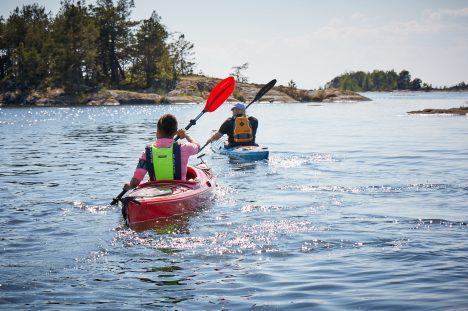 RENTING KAYAKS AND CANOES